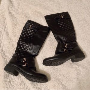 Shoes - Black quilted knee high boots